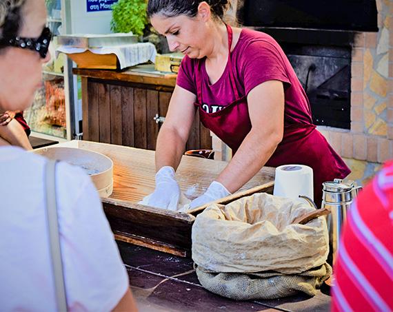 Liotrivi Brot und Seifenherstellung Erlebnisse