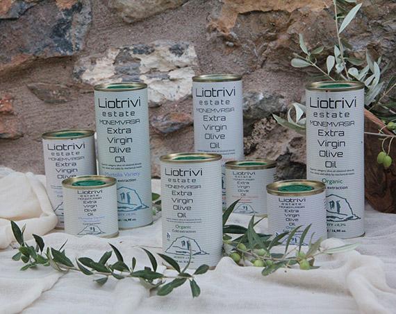 Liotrivi Oliven und Olivenöl